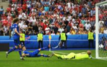 Vous ne serez jamais aussi heureux que ce commentateur de foot islandais